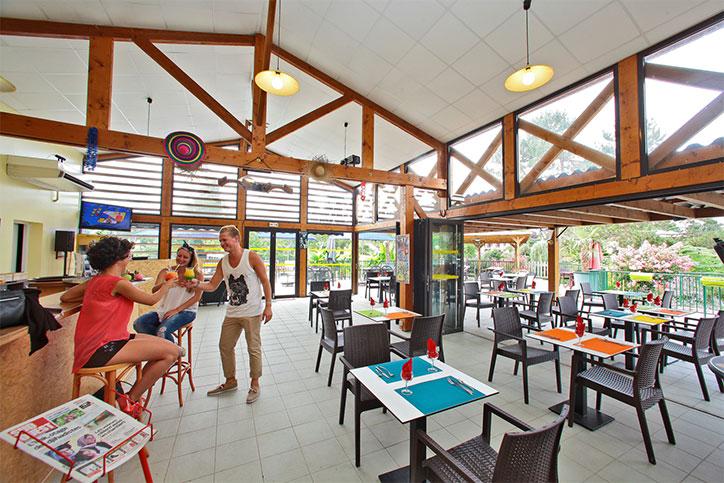 Camping 3 étoiles avec restaurant et animations en Dordogne