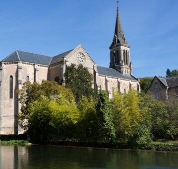 Vue de l'église du Bugue
